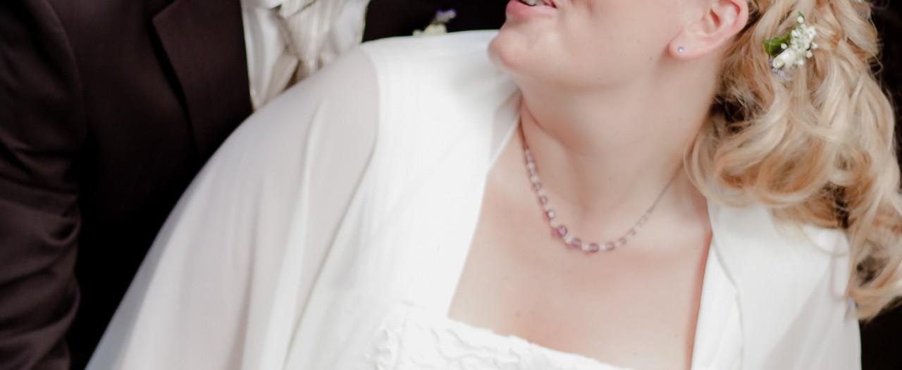Hochzeit in Detmold, Hochzeitsfotos vom Fotograf im Palaisgarten, feiern bis zum Ende – Die Bilder