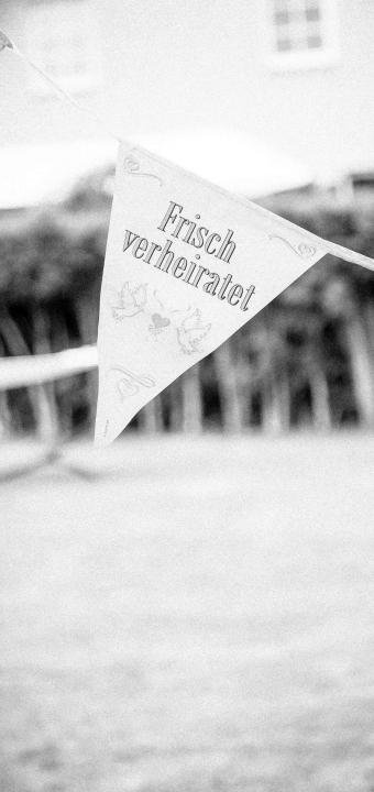 Heiraten in Freilichtmuseum, Landestheater Detmold, Christuskirche, Alter Krug - als Hochzeitsfotograf unterwegs bei einer tollen Multilocationhochzeit