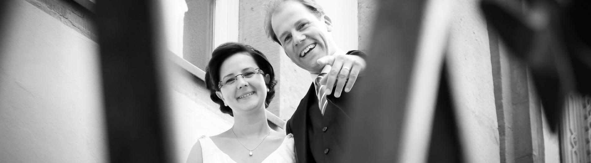 Fotograf aus Detmold und Hochzeitsfotos am Schloss in Schieder